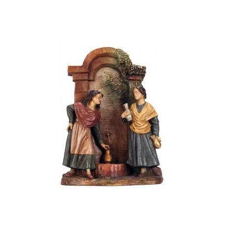 Dos mujeres en la fuente